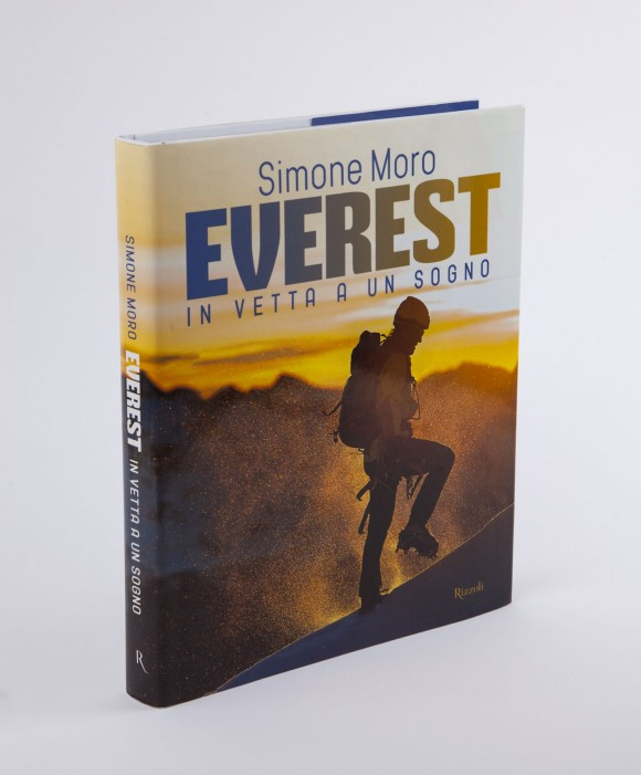 Simone Moro – Everest